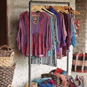 Kleiderständer im Industrie Look